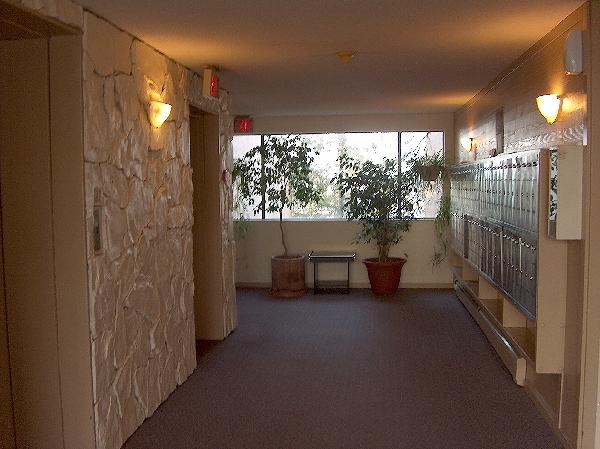Glendale Apartments 430 450 Westview St Coquitlam B C V3k 6c3